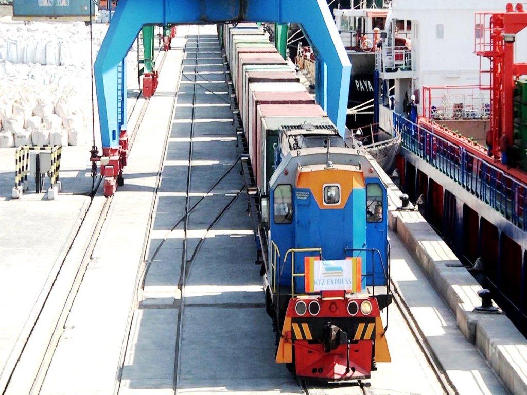 Контейнерный транзит через Казахстан пошел в рост