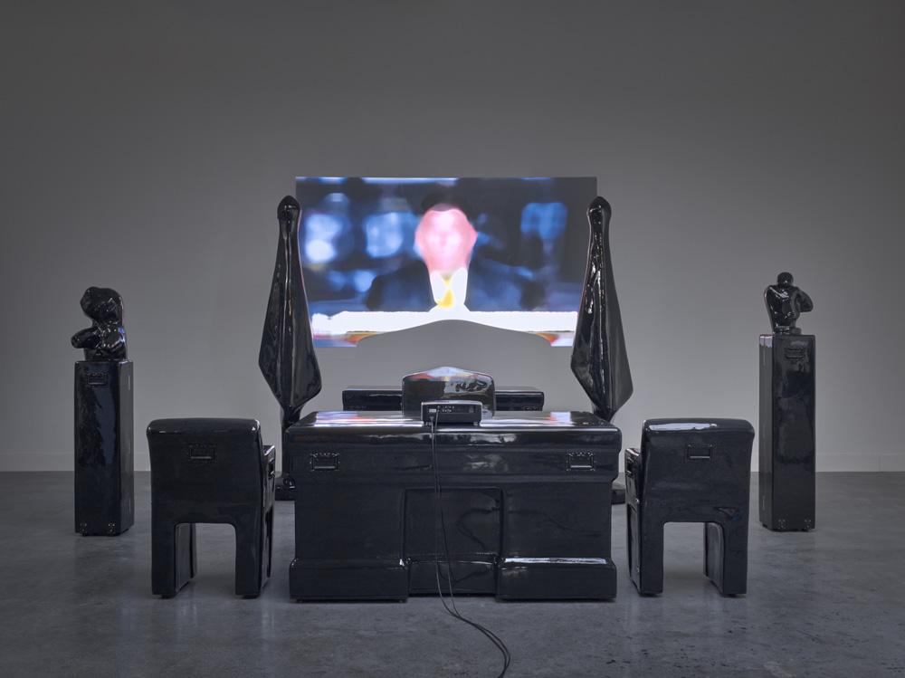 Caspar Berger - Universe Project: Installation In Case (2020)