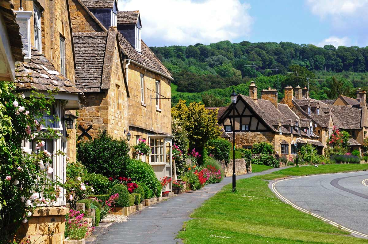 Cotswolds-England-Small-Groups-Walking-Tours-Caspin-Journeys-(66)