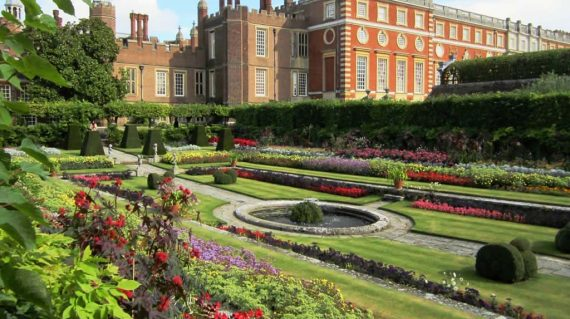 English Garden Tour Discover The Best Gardens Of England With