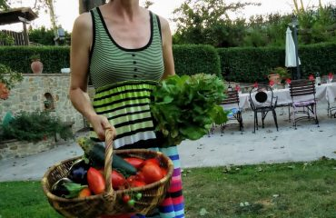 fresh organic vegetables from the garden tuscan yoga retreat in cortona with yoga master and caspin journeys