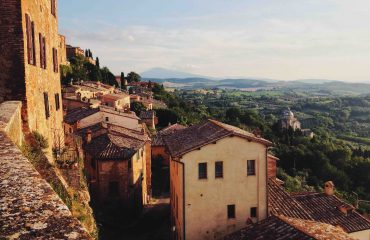 montepulciano tuscan yoga retreat in cortona with caspin journeys