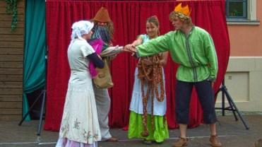 Der Prinz mit Dornröschen, Rumpelstilzchen und Rapunzel
