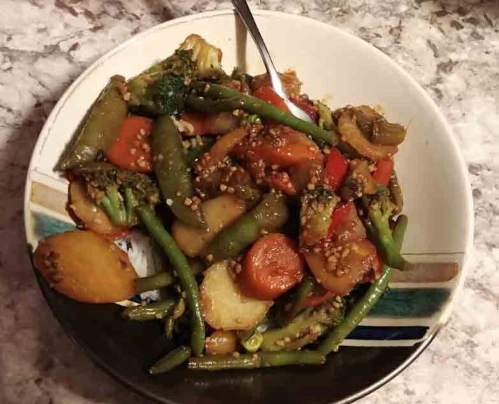 Teriyaki vegetable stir fry