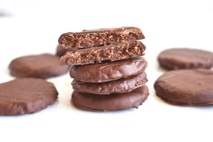 Copycat Thin Mint Cookies, Vegan, GF, DF, Inside shot