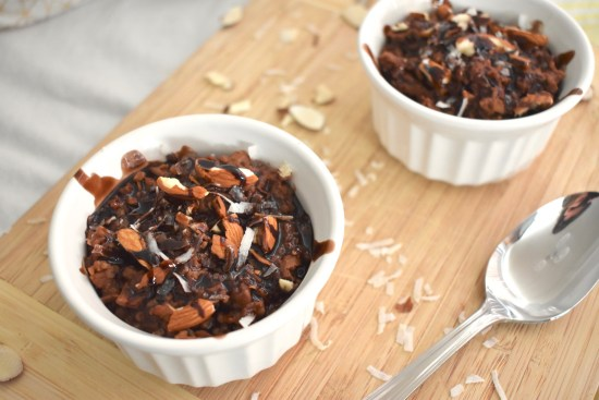 chocolate coconut oatmeal - vegan almond joy