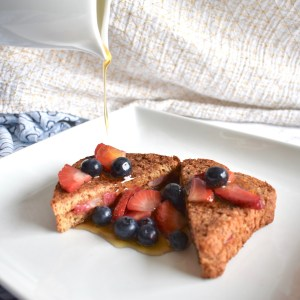peanut butter strawberry stuffed vegan french toast
