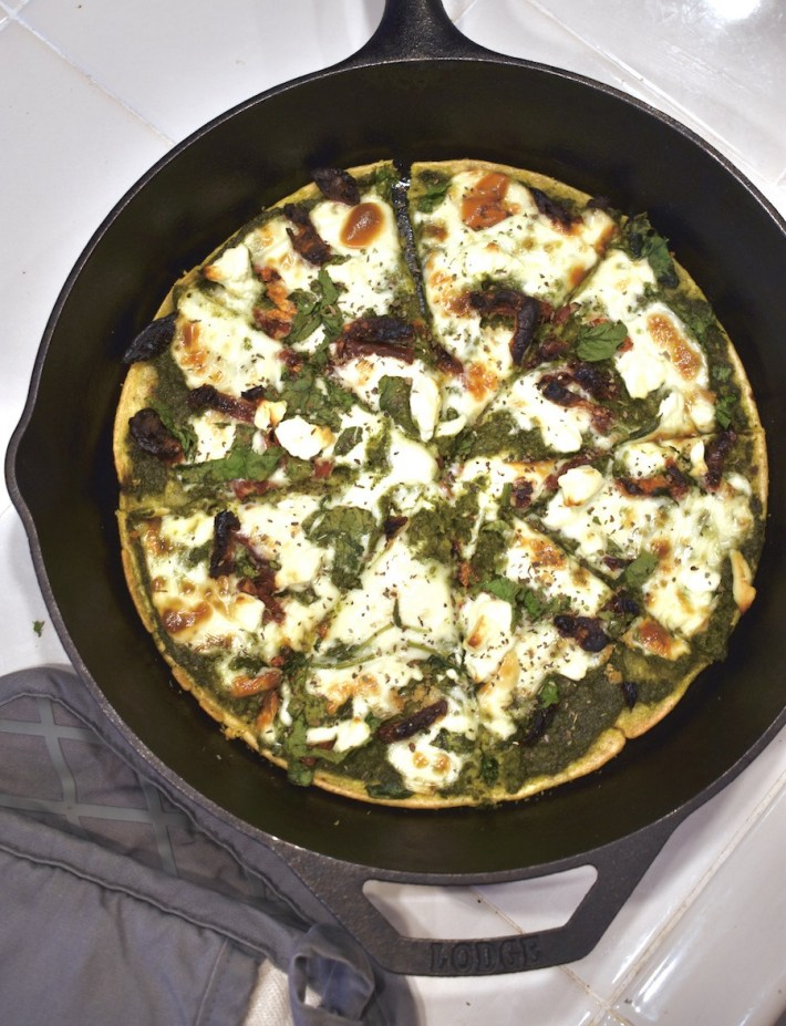 pesto feta chickpea crust pizza
