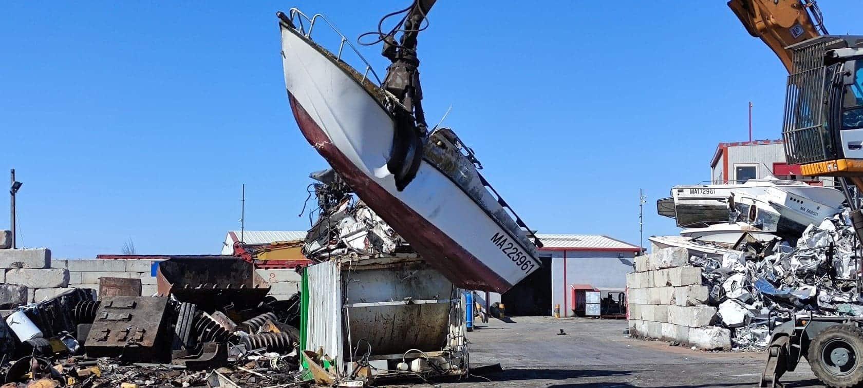 Destruction de bateau