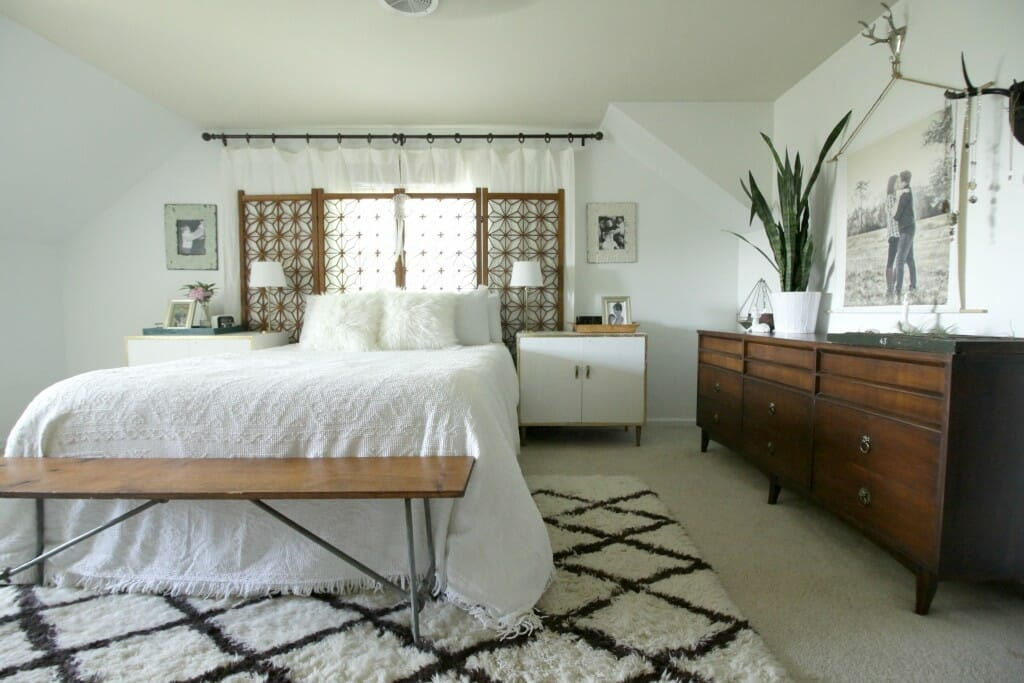 Eclectic Modern Boho Master Bedroom in White, Wood, Gold