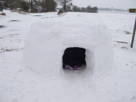 igloo snow ice weather uk britain cassiefairy blog