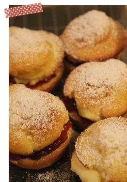 Cassiefairy a few Mini Victoria Sponge Cakes baking cooking recipe afternoon tea