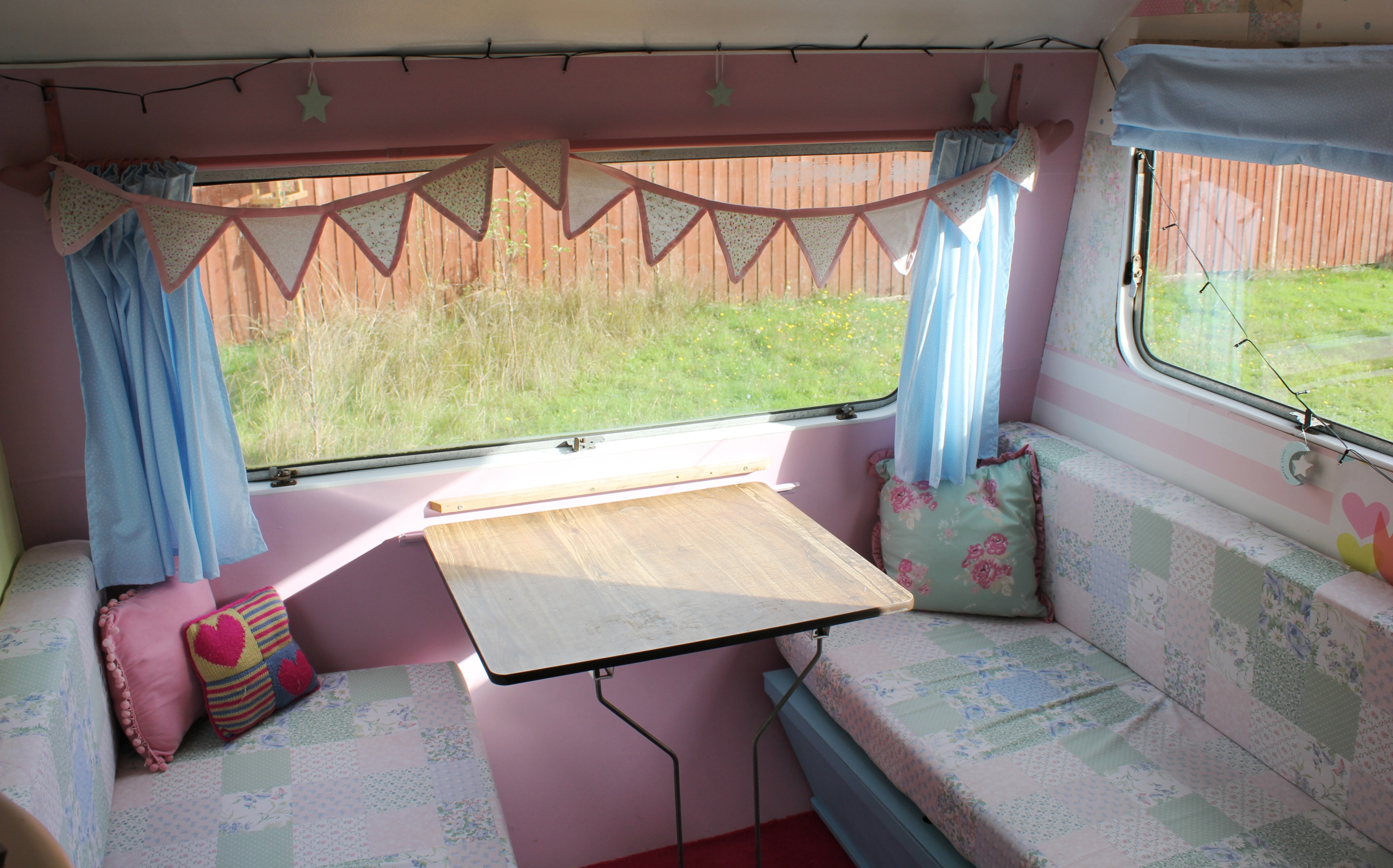 My little vintage caravan project pull yourself together what do you think of my fabric its a blue cotton with tiny stars all over it from abakhan fabrics it was a toss up between blue and mint green solutioingenieria Gallery
