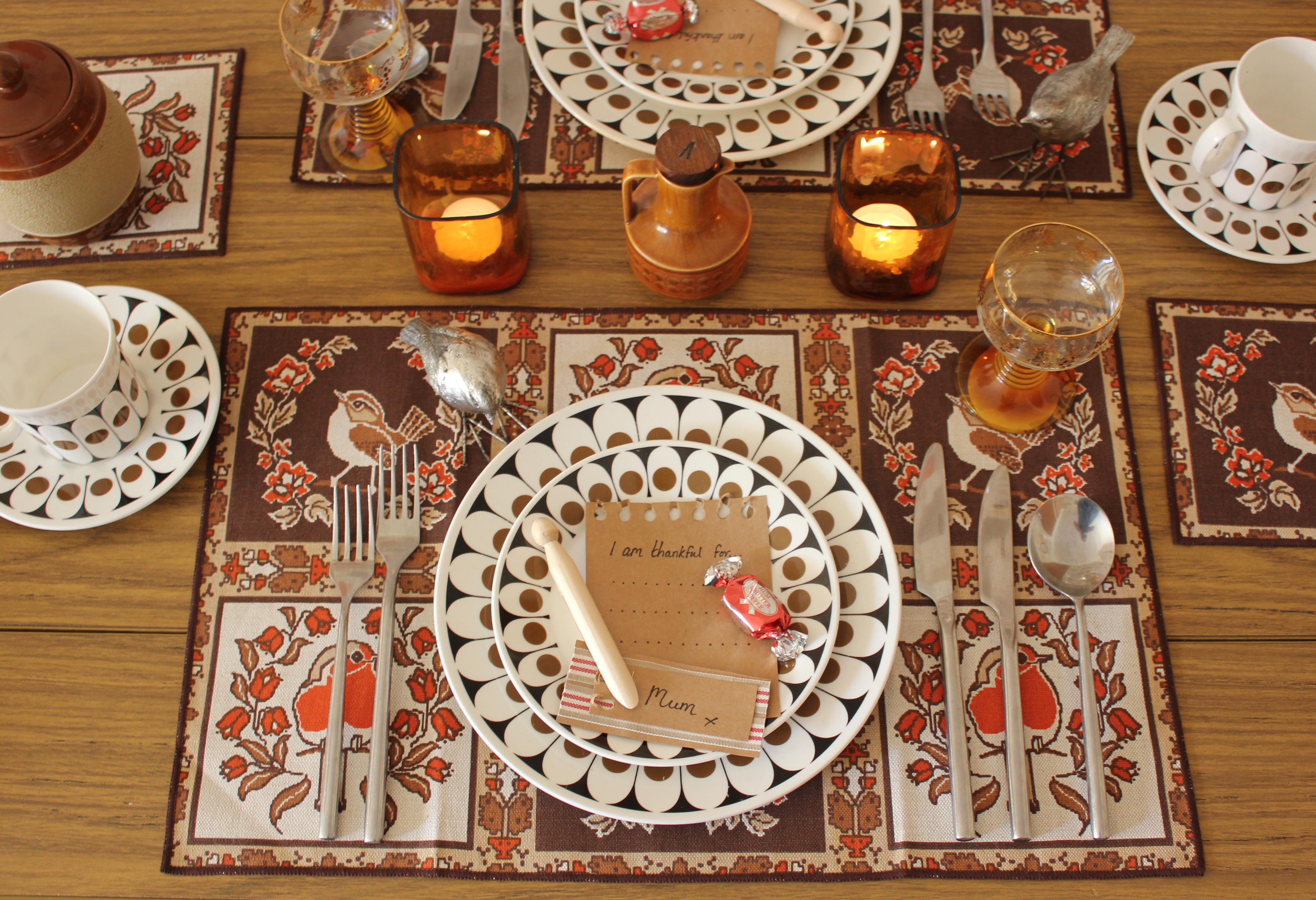 Thanksgiving Meal Place Settings For