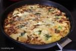 Summer recipe for delicious cheese and broccoli pasta tortilla -6