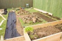 DIY digging out a garden path_-3
