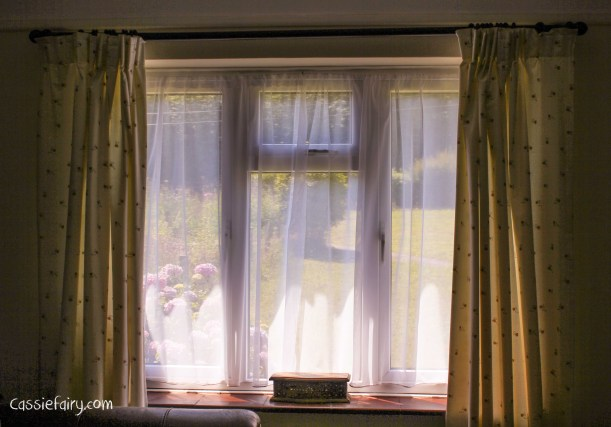 DIY sewing sheer voile curtains