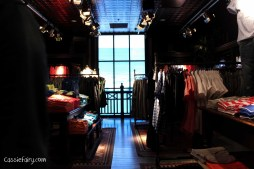 Getting interior design inspiration from Hollister store in Cambridge-3