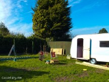 moving caravan to new home-2
