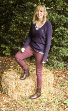 autumn colours and clothing - boots from Pavers