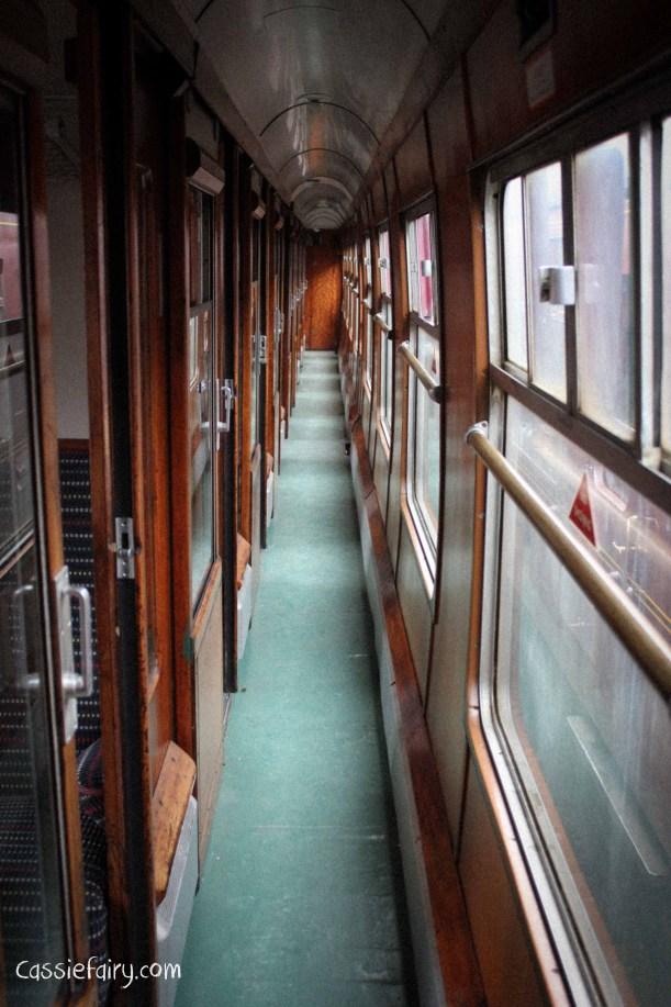steam railway 40s weekend and vintage fashion-11