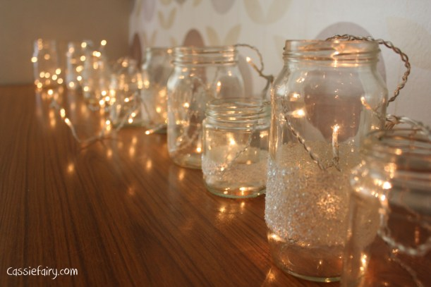 DIY fairy lights kilner jar display for christmas-5