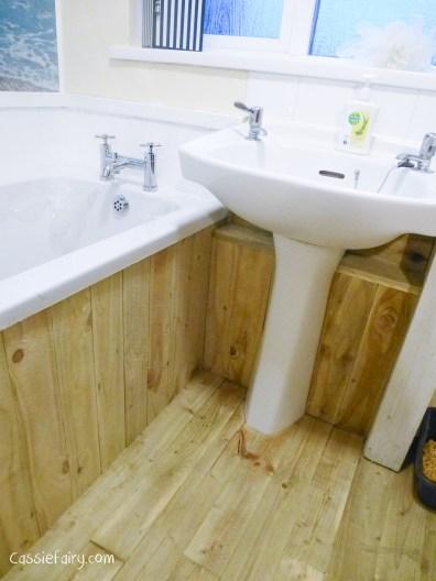 DIY fitting a new bath_-5