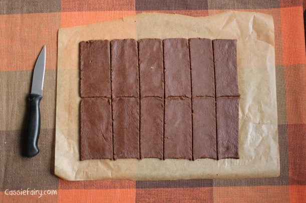 DIY homemade bourbon biscuits recipe-2