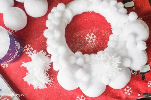 Deck the Door DIY snow ball christmas wreath-7