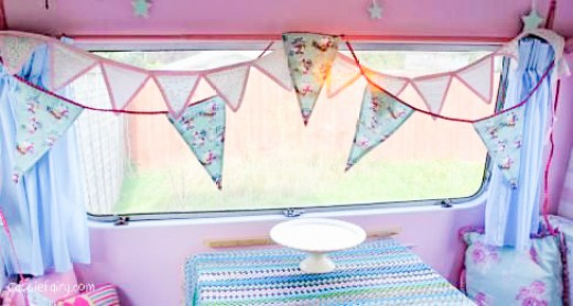 vintage christmas bunting from dotcomgiftshop