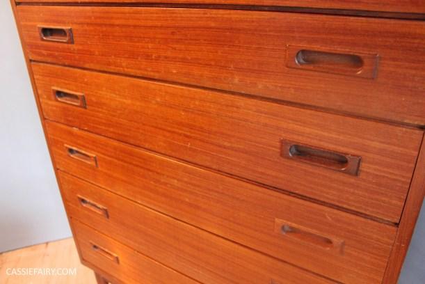 DIY how to repair teak furniture with household ingredients-3