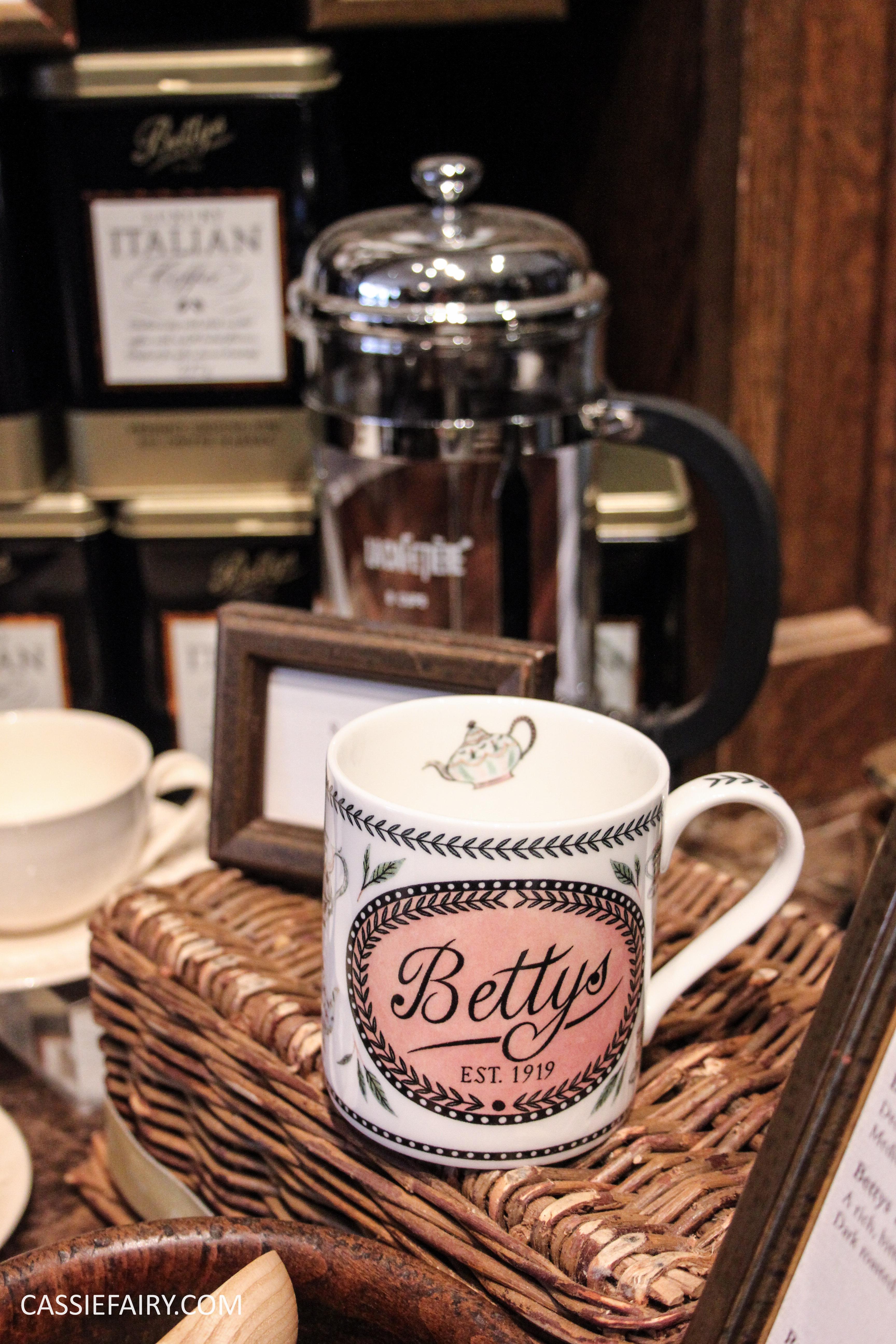 bettys tea room-5