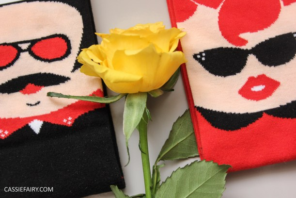 chatty feet his n hers valentines socks-4
