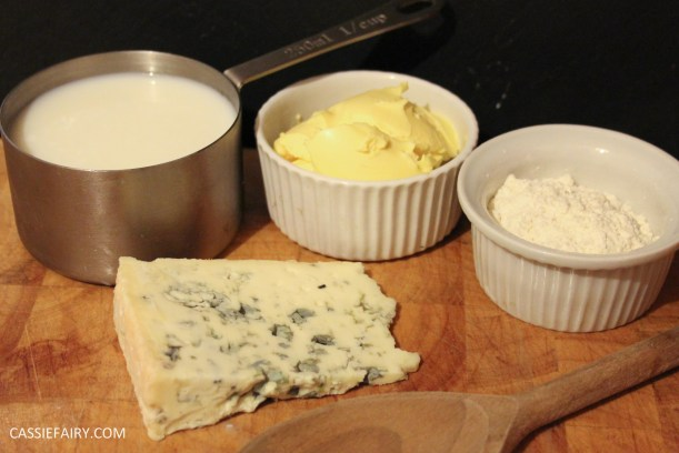 blue cheese sauce-4