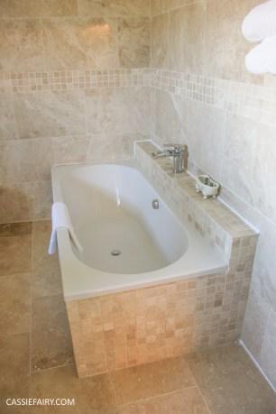 ox pasture hall hotel suite bathroom 2015