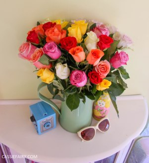 roses bouquet of flowers and vintage caravan_-3