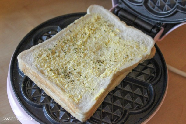 simple cheese toastie garlic bread recipe for waffle maker-6