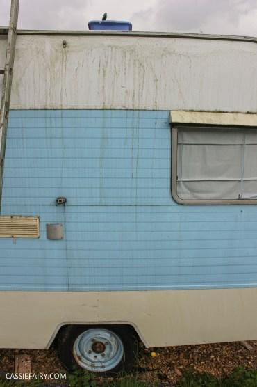 vintage caravan spring cleaning_-4