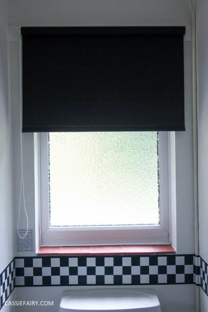black and white bathroom interior design inspiration blinds-7