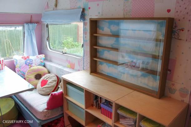 diy display cabinet makeover for vintage caravan_-5