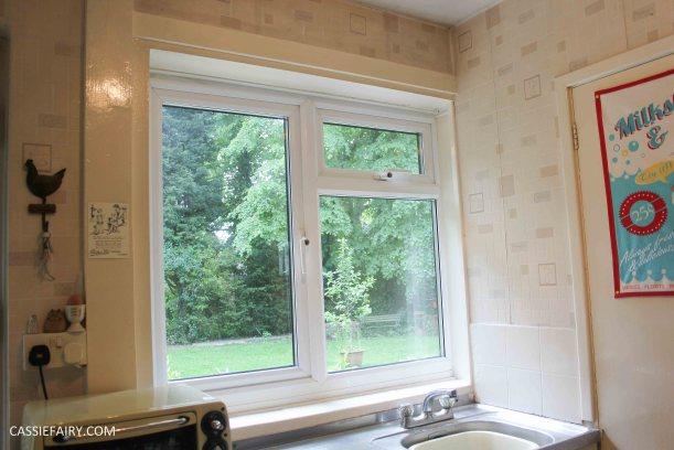 sunny kitchen interior design inspiration blinds_-2