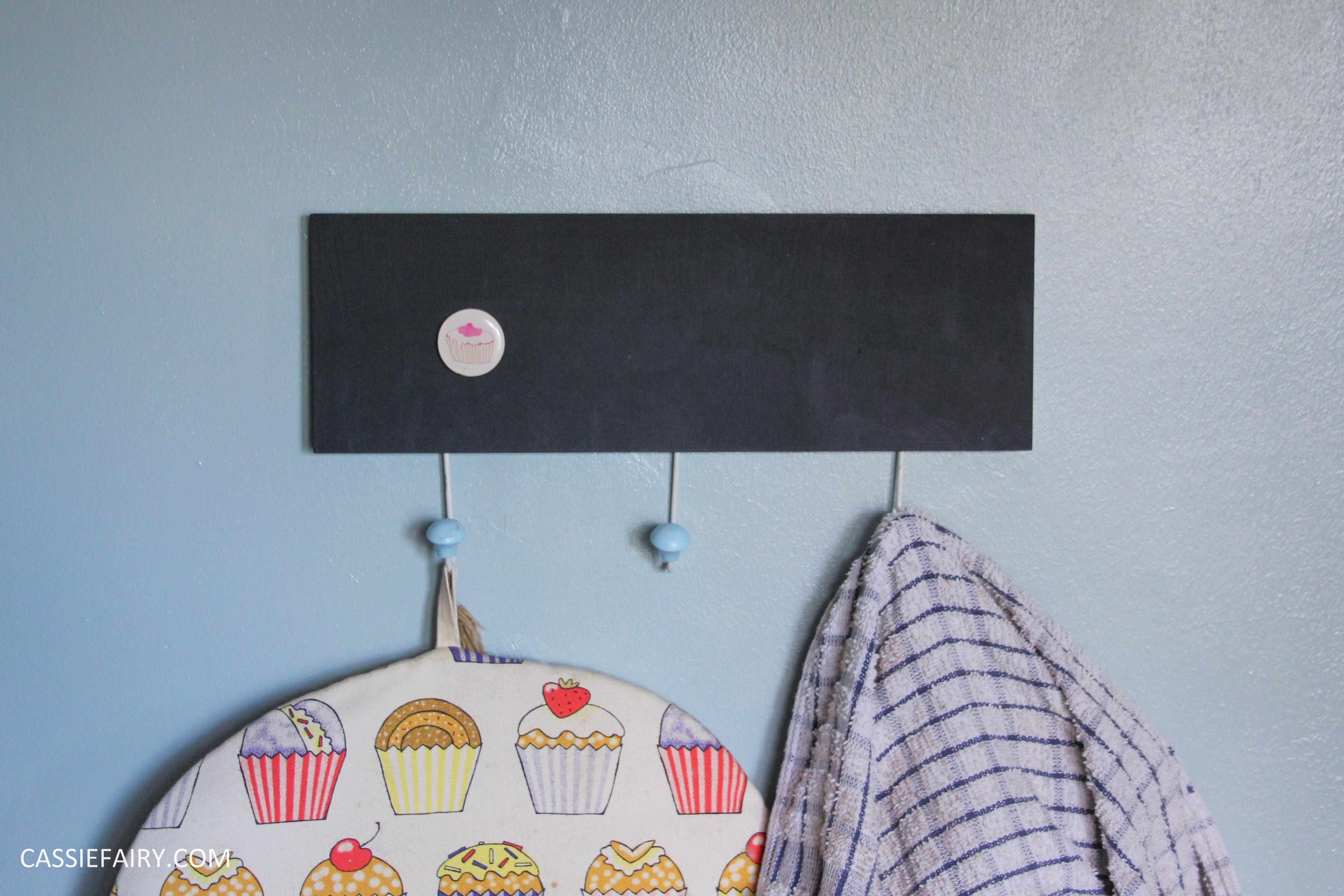 My mini kitchen makeover - DIY chalkboard walls & bright accessories