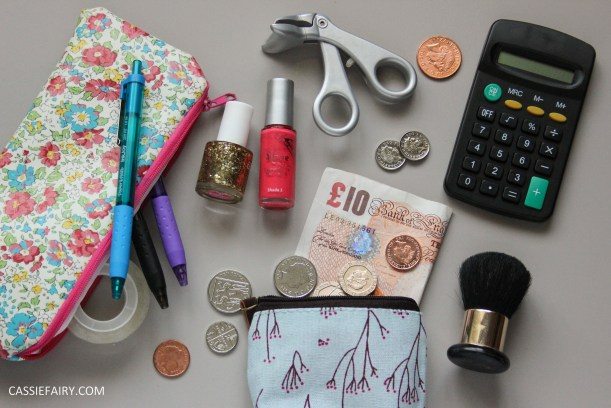 budgeting money saving finance tips for university freshers students_