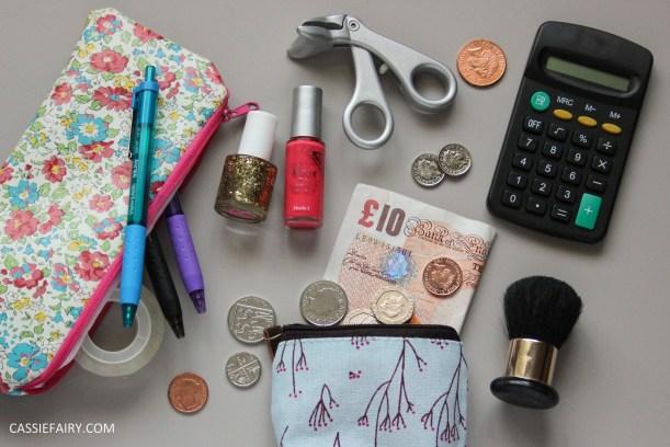 budgeting money saving finance tips for university freshers students_