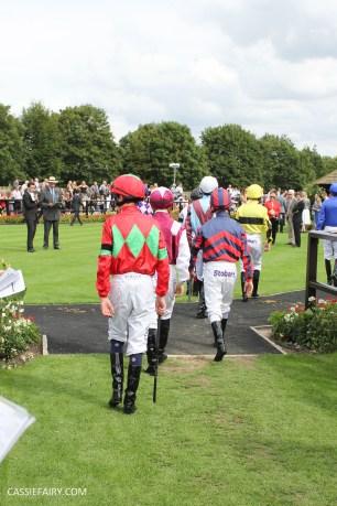 newmarket-racecourse-summer-saturdays-race-day-music-event-10