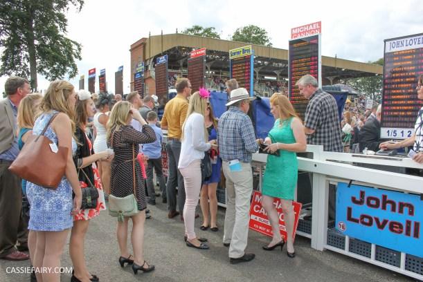 newmarket-racecourse-summer-saturdays-race-day-music-event-4