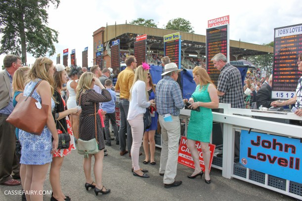 newmarket-racecourse-summer-saturdays-race-day-music-event-4