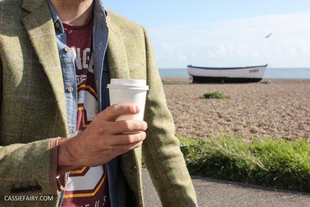 menswear mens fashion styling a tweed jacket casual beach autumn winter