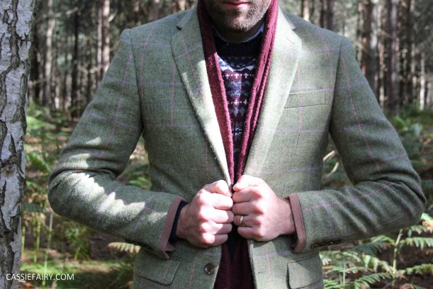 menswear mens fashion styling a tweed jacket layered warm outdoor forest autumn winter-15