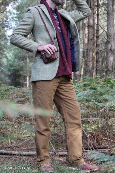 menswear mens fashion styling a tweed jacket layered warm outdoor forest autumn winter-4